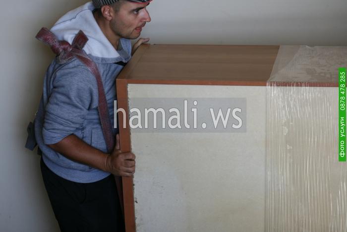 транспортиране на офис мебели в чужбина